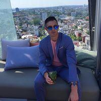 Colin Grafton Instagram : @collieg Colin Grafton